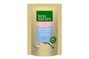 Real Nature cica tasakos lazac- és csirkehús karottával és pórsáfrányolajjal 85g